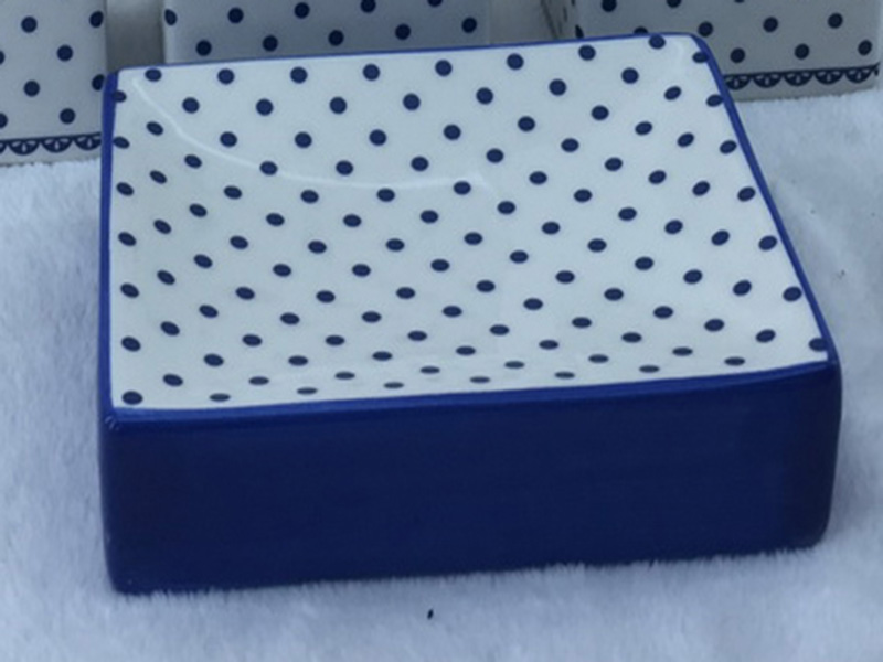 The blue dots pattern bath set